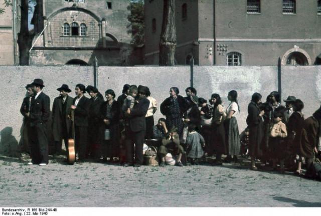 """Giornata della Memoria 2011: """"Storia, tragedie e speranze delle popolazioni nomadi europee"""""""